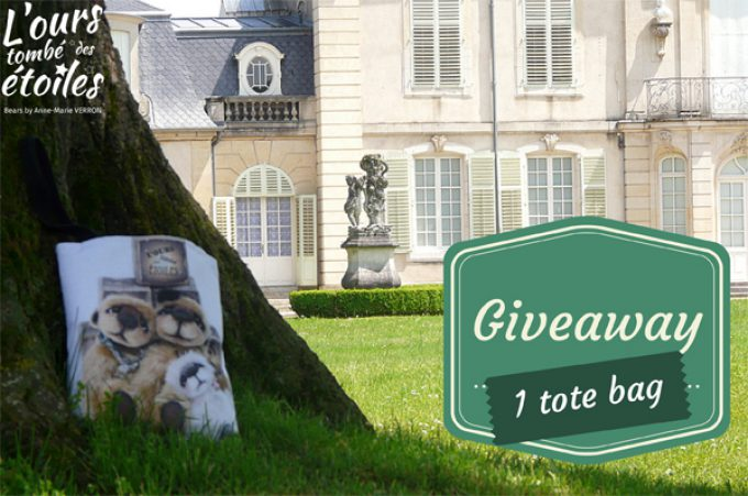 Giveaway: win a tote bag